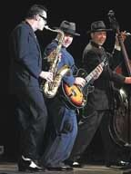 /articles/2017/12/14/fun_finder/1214E_betsmusic_copy.jpg